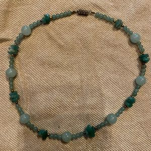 Vintage jade necklace beads and chips